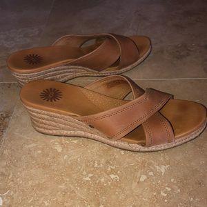 UGG Camel tan Leather Wedge Espadrille Slides 8